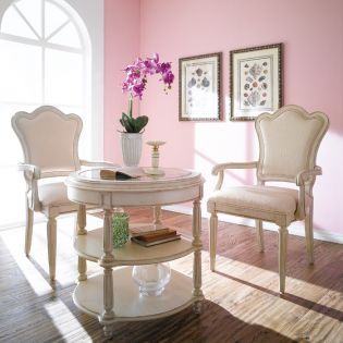 Provenance Love Round Table + 2 Arm Chairs
