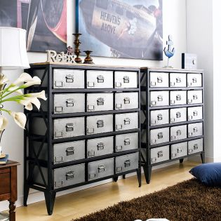 12578  Langley Chest