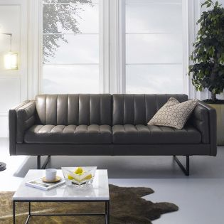 10157-30  Leather Sofa