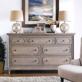 P018100  Drawer Dresser