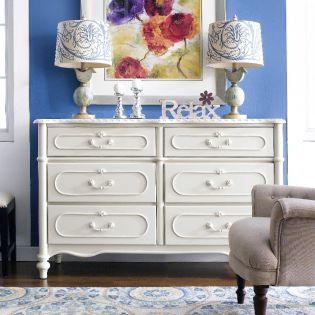 Wendy  Drawer Dresser