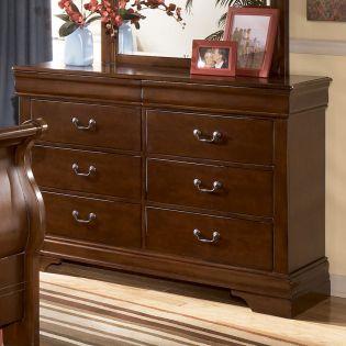 B477  Dresser